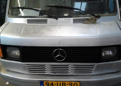 Restauratie Mercedes oprijwagen oldtimer